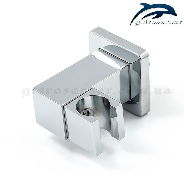 Подключение с держателем для лейки ручного душа UD-20 изготовлено из латуни.