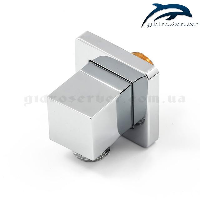 Угловое подключение для лейки ручного душа UD-16 выполнено из латуни.