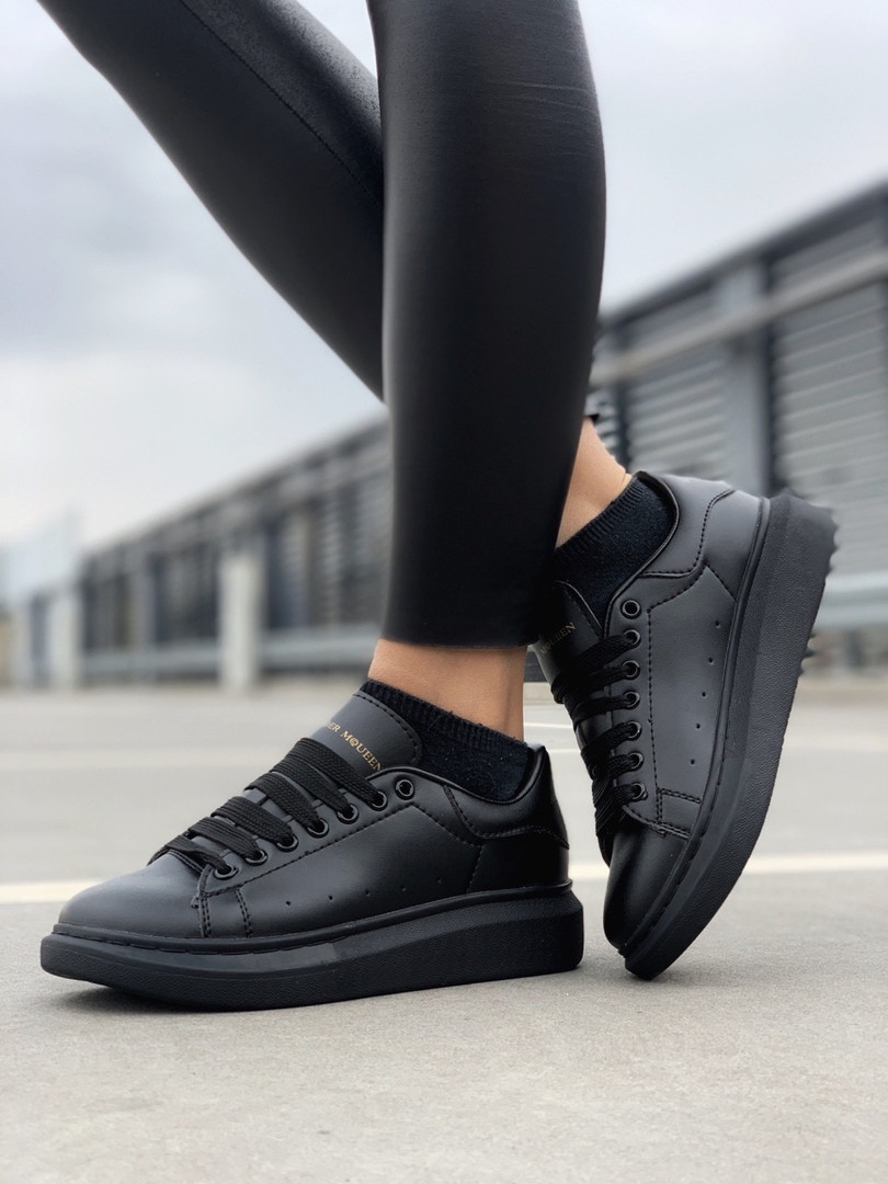 Стильны кроссовки Alexander McQueen Black (Александр Маквин)