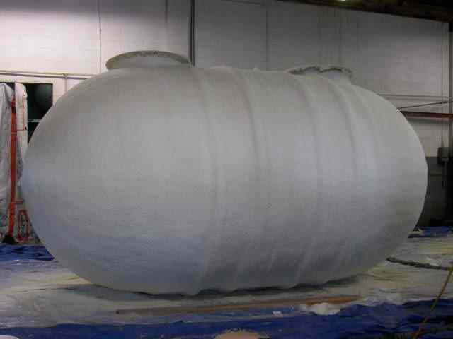 Теплоизоляция емкостей и трубопроводов пенополиуретаном
