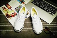 Кеды мокасины спортивная обувь Vans  40, белый