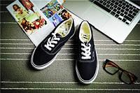 Кеды мокасины спортивная обувь Vans  40, черный