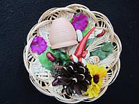 Тарелка с горшочком на гармонию в семьи, D-12 см, (22/30) (цена за 1 шт. + 8 гр.)