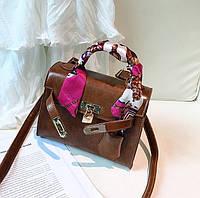 Маленькая женская сумка HB Kelly с лентой и замочком коричневая