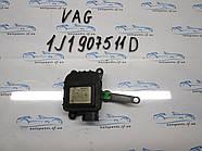 Привод заслонки печки VAG 1J1907511D