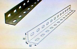 Перфорированный уголок 32x32x2