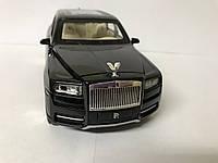 Коллекционная машинка Rolls Royce Cullinan 1:24