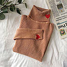 Женский свитер гольф в рубчик с вышивкой, фото 6