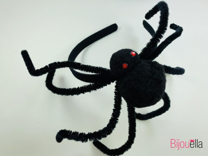 Ободок на вечеринку Хэллоуина Паук с красными глазами 25 см 17 см