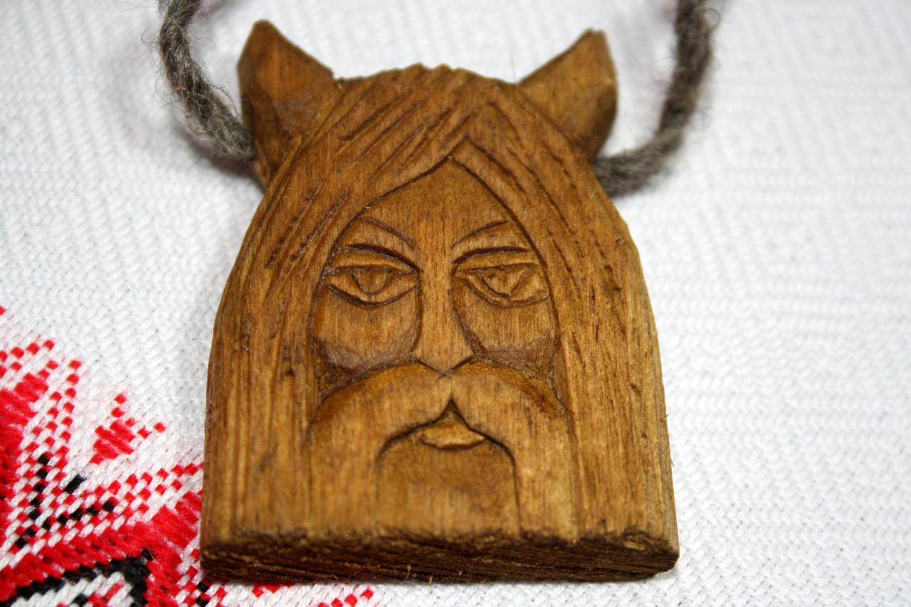 Амулет Велес з дерева слов'янських богів