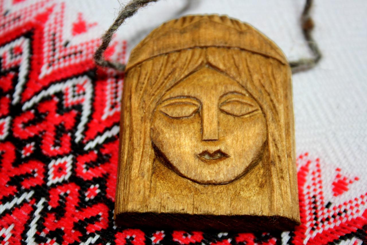 Амулет богині Лада з дерева