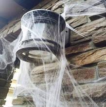 Штучна павутина біла для Хелловін - розмір упаковки 16*11см