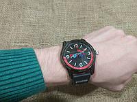 Наручные часы Пума красный