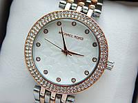 Женские кварцевые наручные часы копия Michael Kors (Майкл Корс) комбинированные, серебро-розовое золото CW279