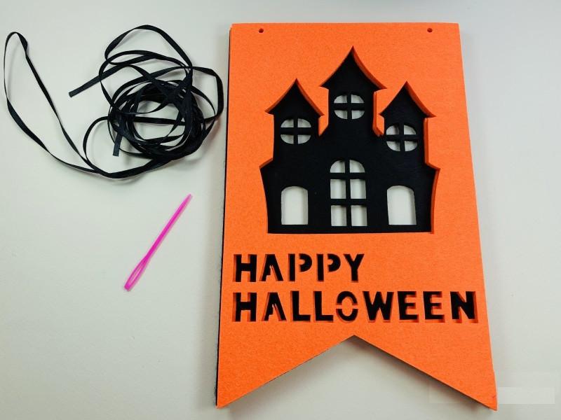 Фетровая гирлянда для Хэллоуина Замок