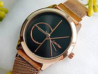 Женские кварцевые наручные часы Calvin Klein (Кельвин Кляйн) плетенный ремешок, золотые с черным, CW299