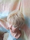 Короткий парик из термоволокна блонд омбре Е-9318-27ТТ613/С, фото 2