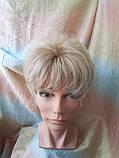 Короткий парик из термоволокна блонд омбре Е-9318-27ТТ613/С, фото 3