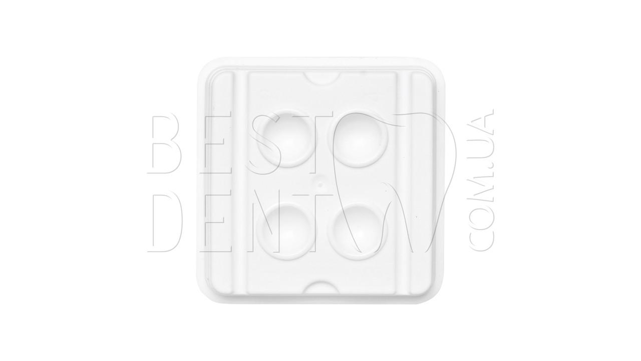 Емкость для смешивания (4 ячейки)