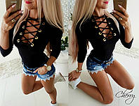 Женская модная кофта с люверсами