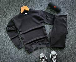 Зимний мужской спортивный костюм черного цвета