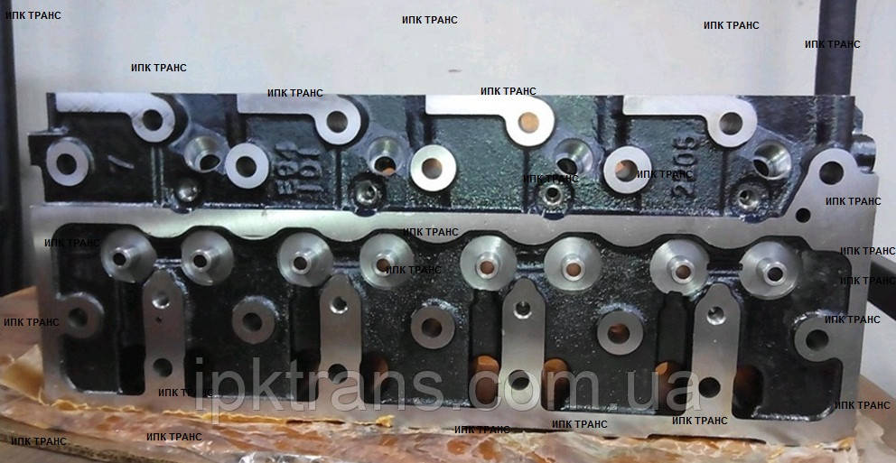 Головка блока цилиндров на погрузчик Komatsu FD30T16 (4D94LE) (12480 грн) YM72990011100, 729900-11100