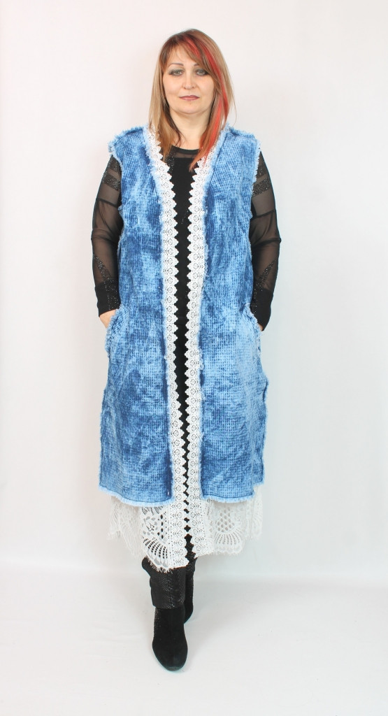 Турецкая женская голубая безрукавка больших размеров 52-64