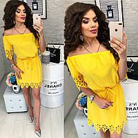 Платье с выбитым рисунком , модель 105, цвет Желтый