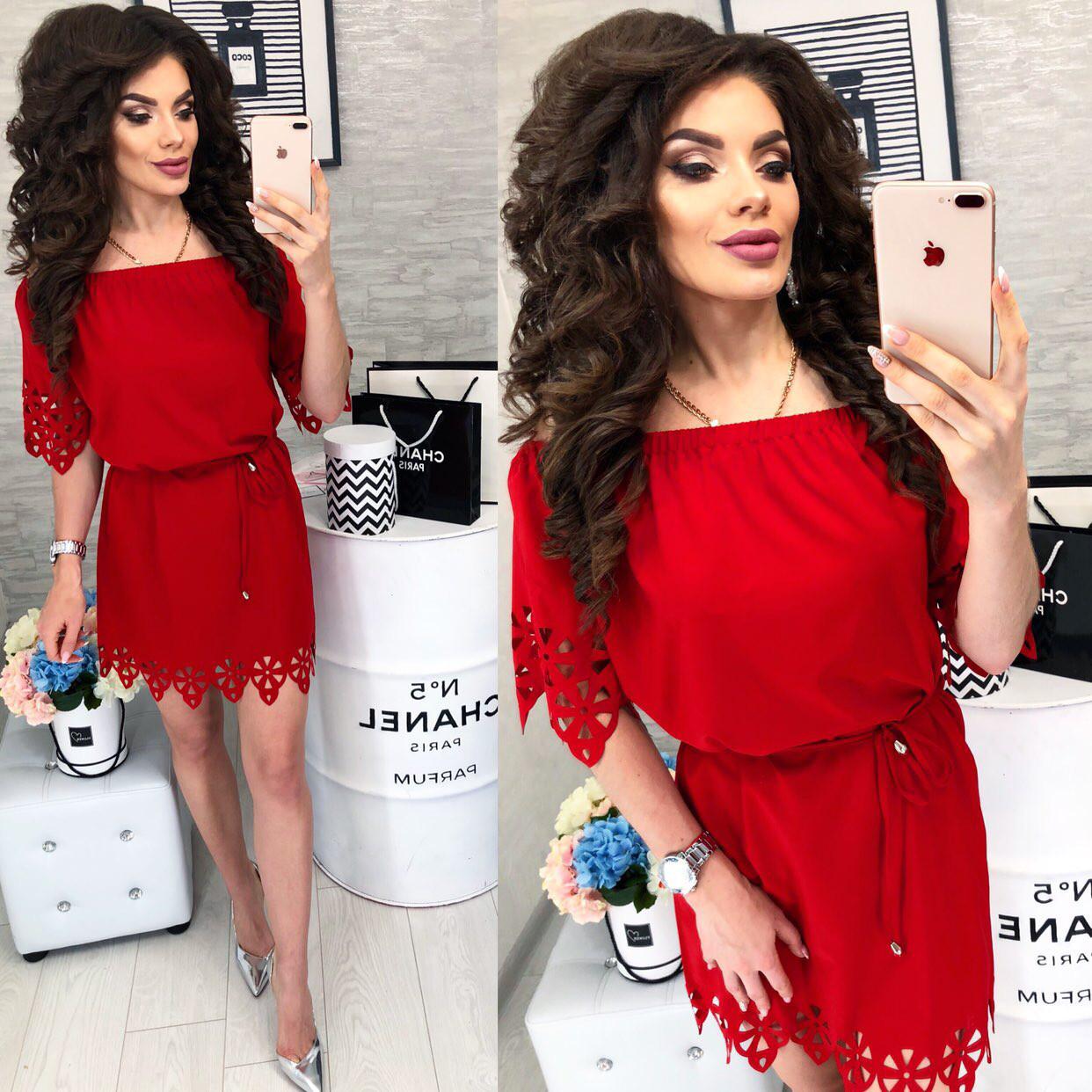Платье с выбитым рисунком , модель 105, цвет Красный