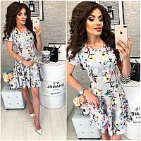 Платье короткое ,летнее, модель 103,  принт разноцветные цветы на светло-сером фоне, фото 1
