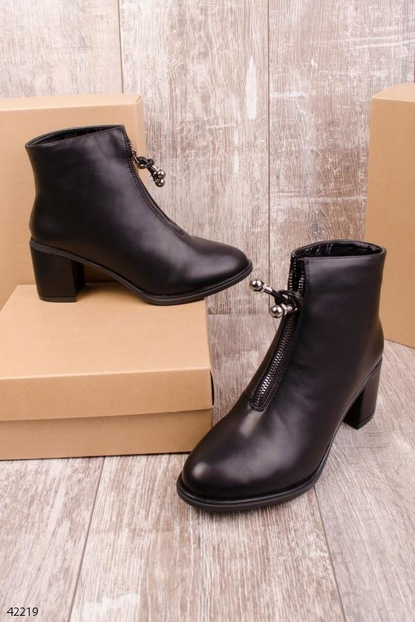 Женские осенние ботинки на каблуке 7 см черные эко-кожа