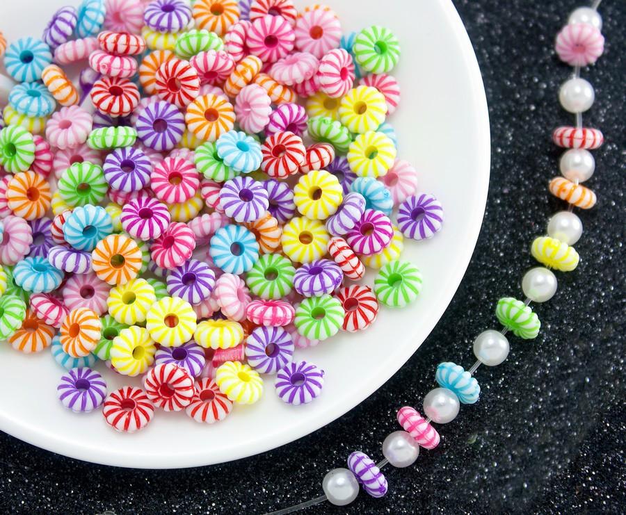 (20 грамм) Пластиковые бусины 8х3мм  (прим. 125 шт) Цвета - Микс