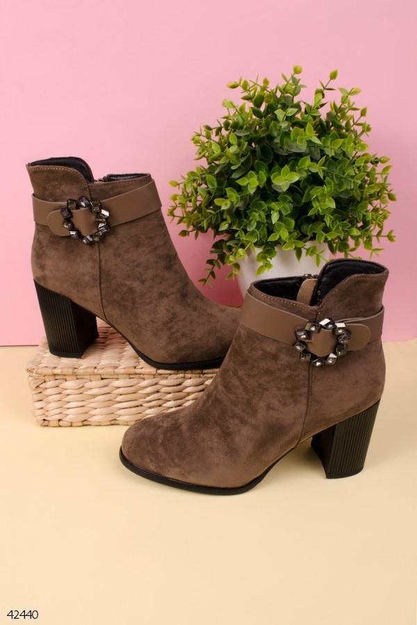 Женские осенние ботильоны коричневые на каблуке 8 см эко-замша