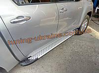 Пороги площадки Сома на Тойота Хайлюкс 2015+ Боковые пороги площадки алюминиевые soma на Toyota Hilux 2015+