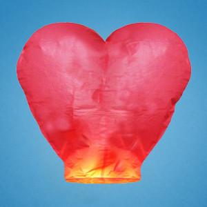 Небесный фонарик красный в виде сердца
