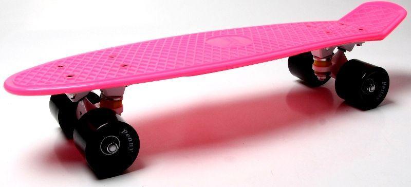 Penny Board. Малиновый цвет. Черные колеса