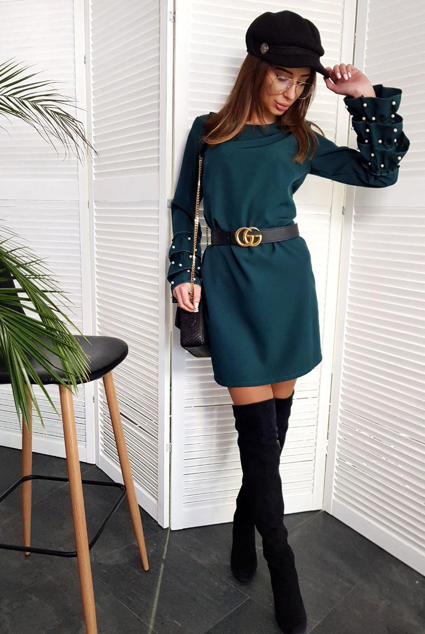 Женское стильное  платье с жемчугом,изумрудного цвета