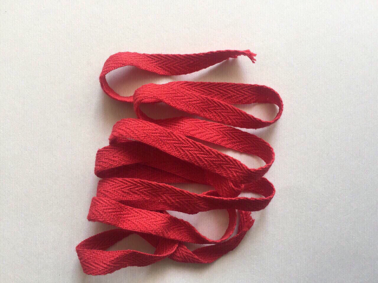 Киперна лента красная  10мм Хб 150м в бабине