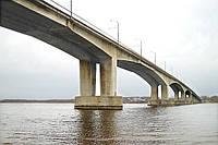 В первом полугодии 2011 Киев получит новые развязки и мост.