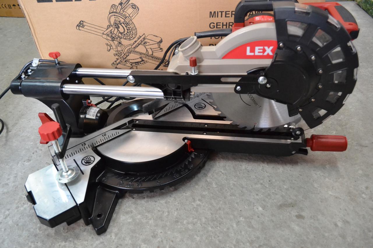 Торцова пила з протяжкою Lex LXCM250, 2500Вт, 255диск