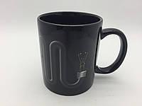 Кружка-чашка хамелеон Лампочка со шнуром черная, фото 1