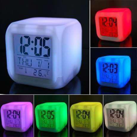 Часы кубик светящиеся хамелеон с термометром 508