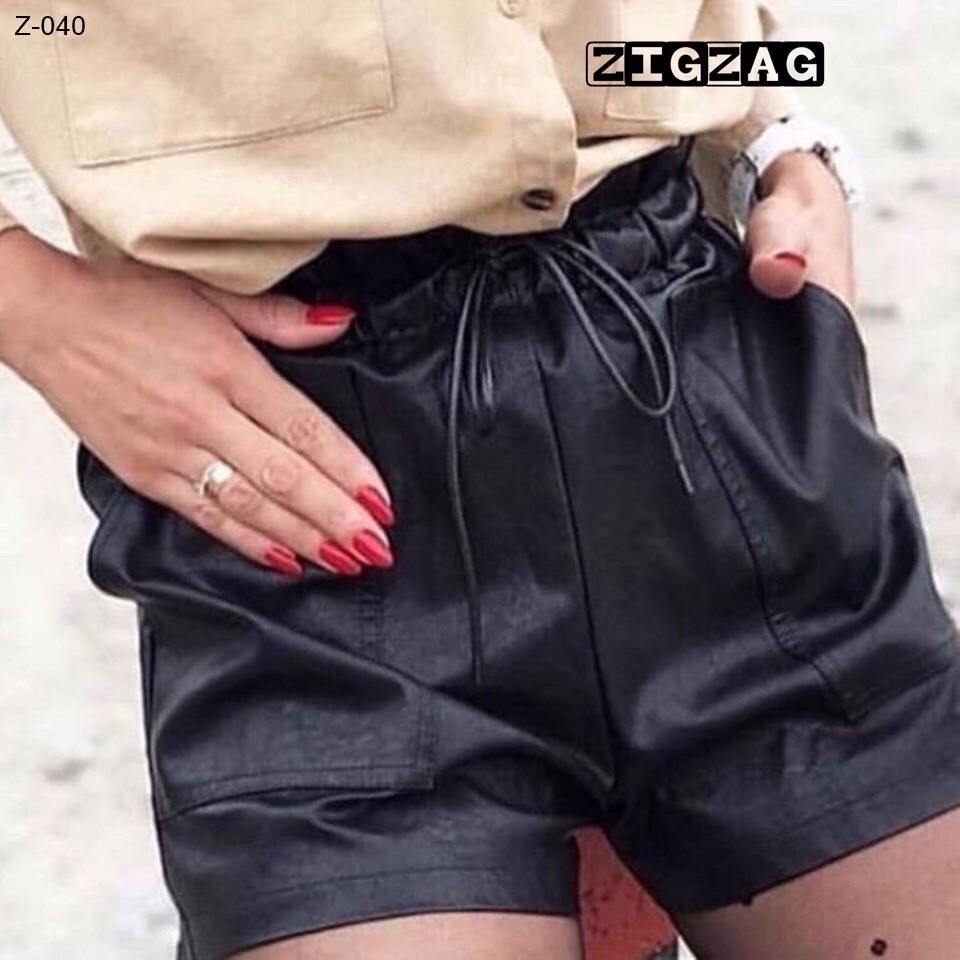 Стильные женские кожаные шорты