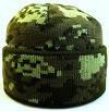 №2- Зимняя вязаная шапка светлый пиксель с подворотом, флисом на всю голову.