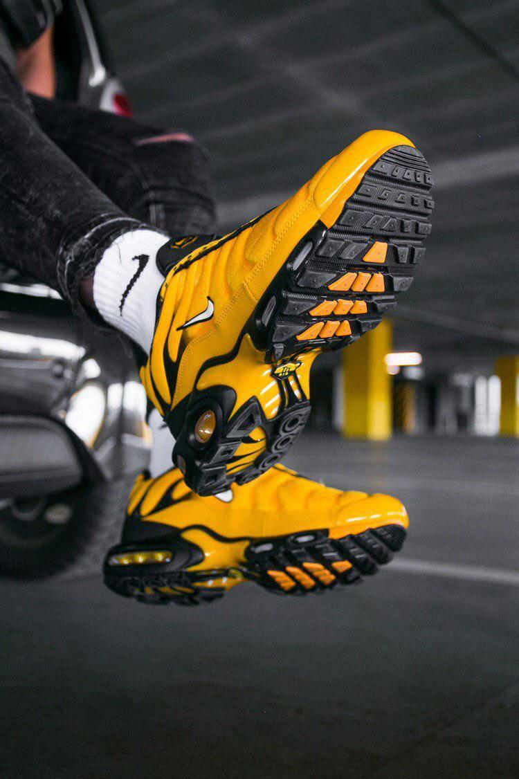 Кроссовки Nike Air VaporMax Plus TN Yellow/Black