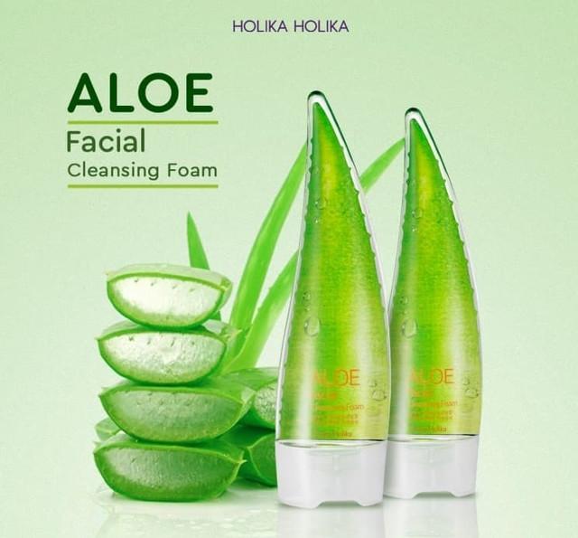 Holika Holika Aloe Facial Cleasing Foam
