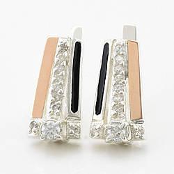 """Серебряные серьги с золотыми пластинами """"Гармония"""", размер 17*9 мм, вставка белые фианиты, вес 5.79 г"""