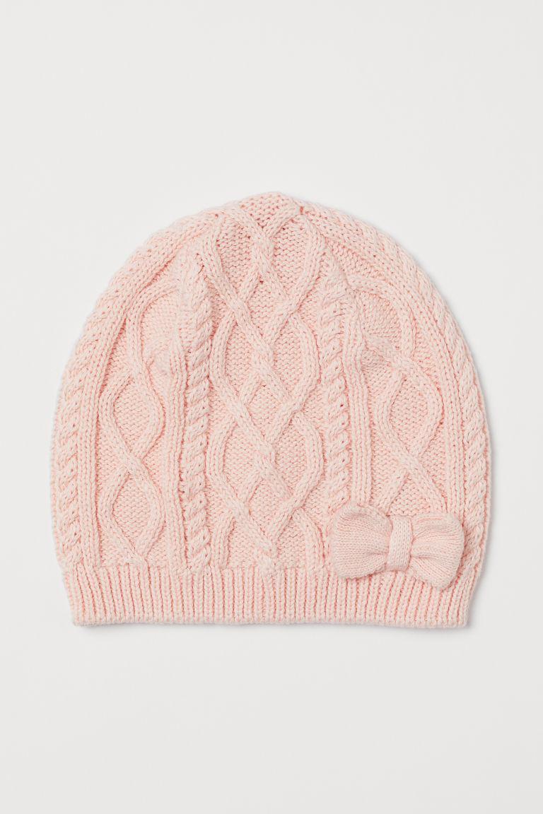Вязанная демисезонная шапочка с бантиком для девочки