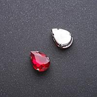 Пришивной кристалл в цапе Капля 10х14мм красный