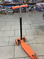Детский самокат ITrike оранжевый, со светящимися колёсами